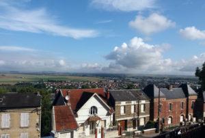 Лан, Вид на долину вокруг города