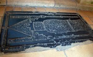 Кафедральный собор Лана. Древние плиты пола