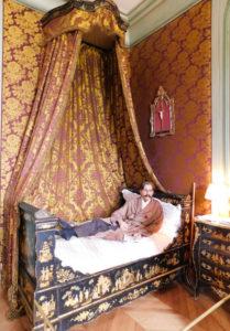 Замок Бретей. Гостевая спальня.